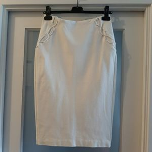 Guess white stretch skirt